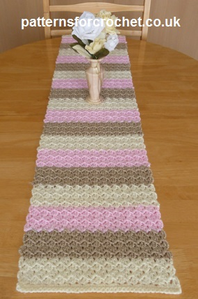 Free crochet pattern table runner usa Gorgeous Crochet Table Runner Patterns