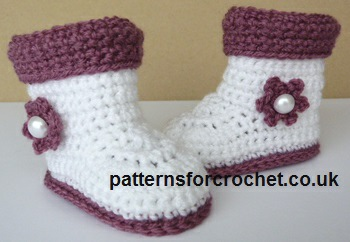 Free Crochet Patterns For Boot Covers : Free baby crochet pattern boots with cuffs usa